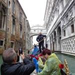 Моста на въздишките, дъждовна Венеция