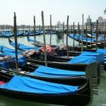 Венециански гондоли в залива Сан Марко