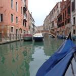 Разглеждана от водата, Венеция е различна
