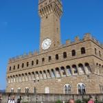 """Терасата на """"Уфици"""" - поглед към Палацо ВекиоТерасата на """"Уфици"""" - поглед към Палацо ВекиоТерасата на """"Уфици"""" - поглед към Палацо Векио"""