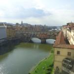 Поглед от Уфици към Понте Векио и Коридорът на Вазари