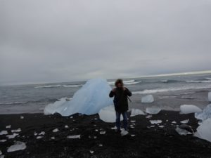 """На """"Диамантения"""" плаж в Южна Исландия"""