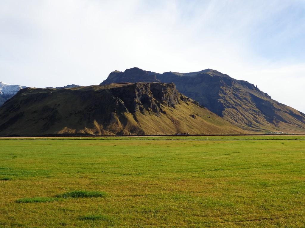 """Специфичният цвят """"исландско зелено"""""""