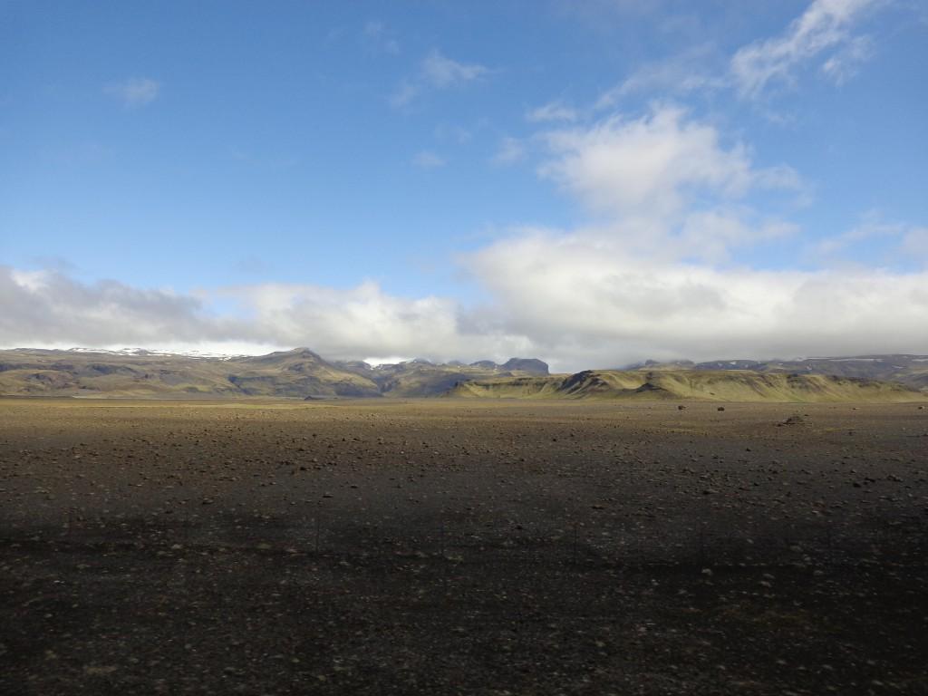 Вулканът Лаки