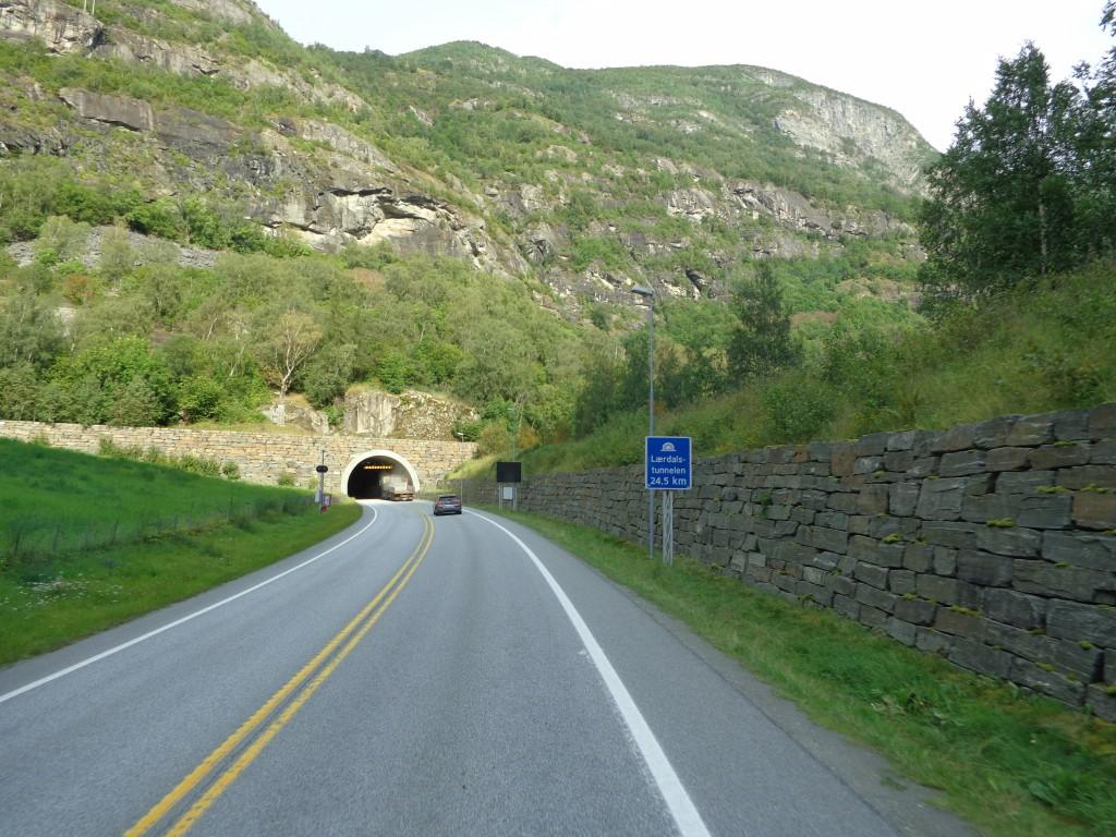 """Тунел """"Лаердал"""" - вход"""