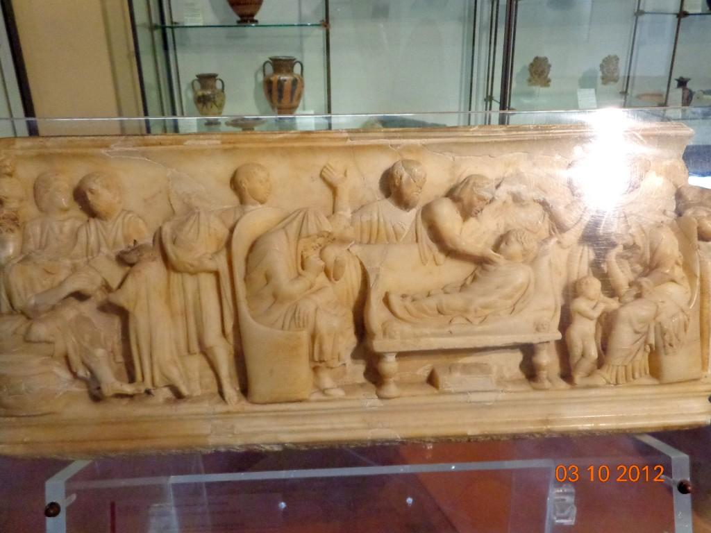 Агридженто, Археологически музей, саркофаг на момче