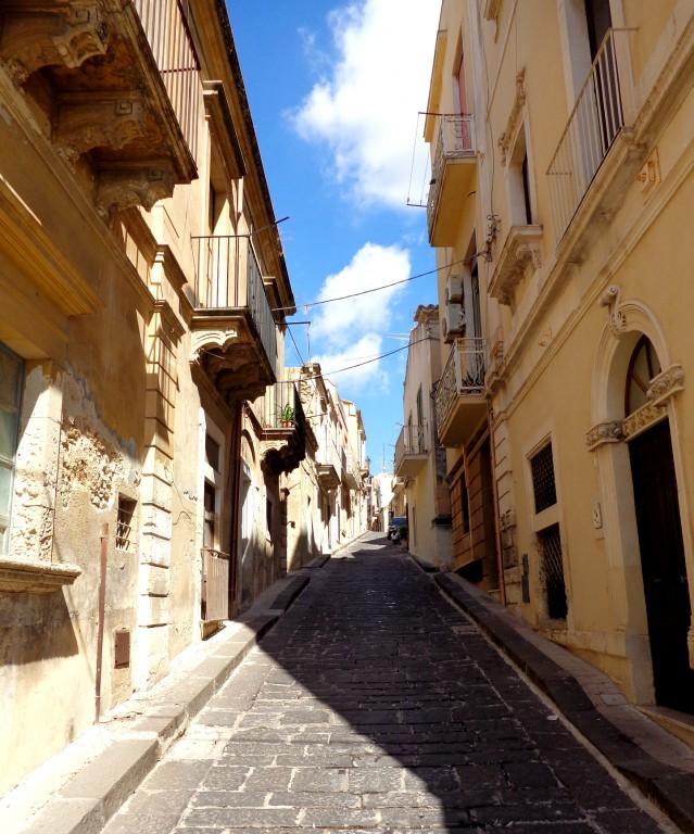 Уличка в Ното