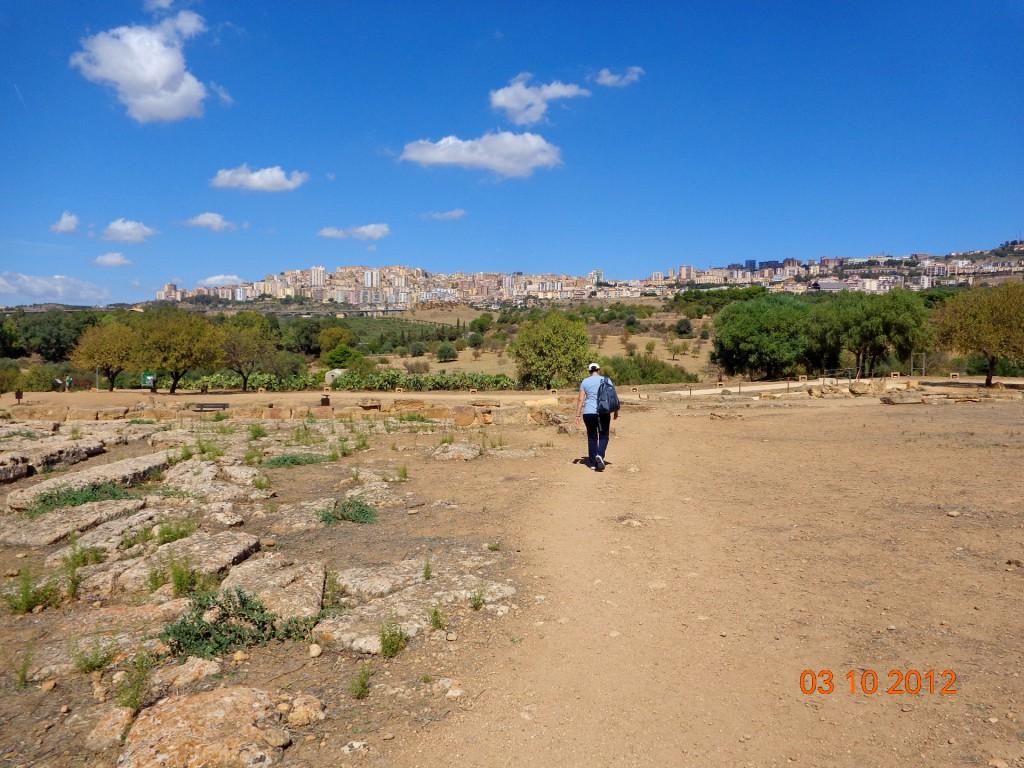 Поглед от Долината на храмовете към днешен Агридженто