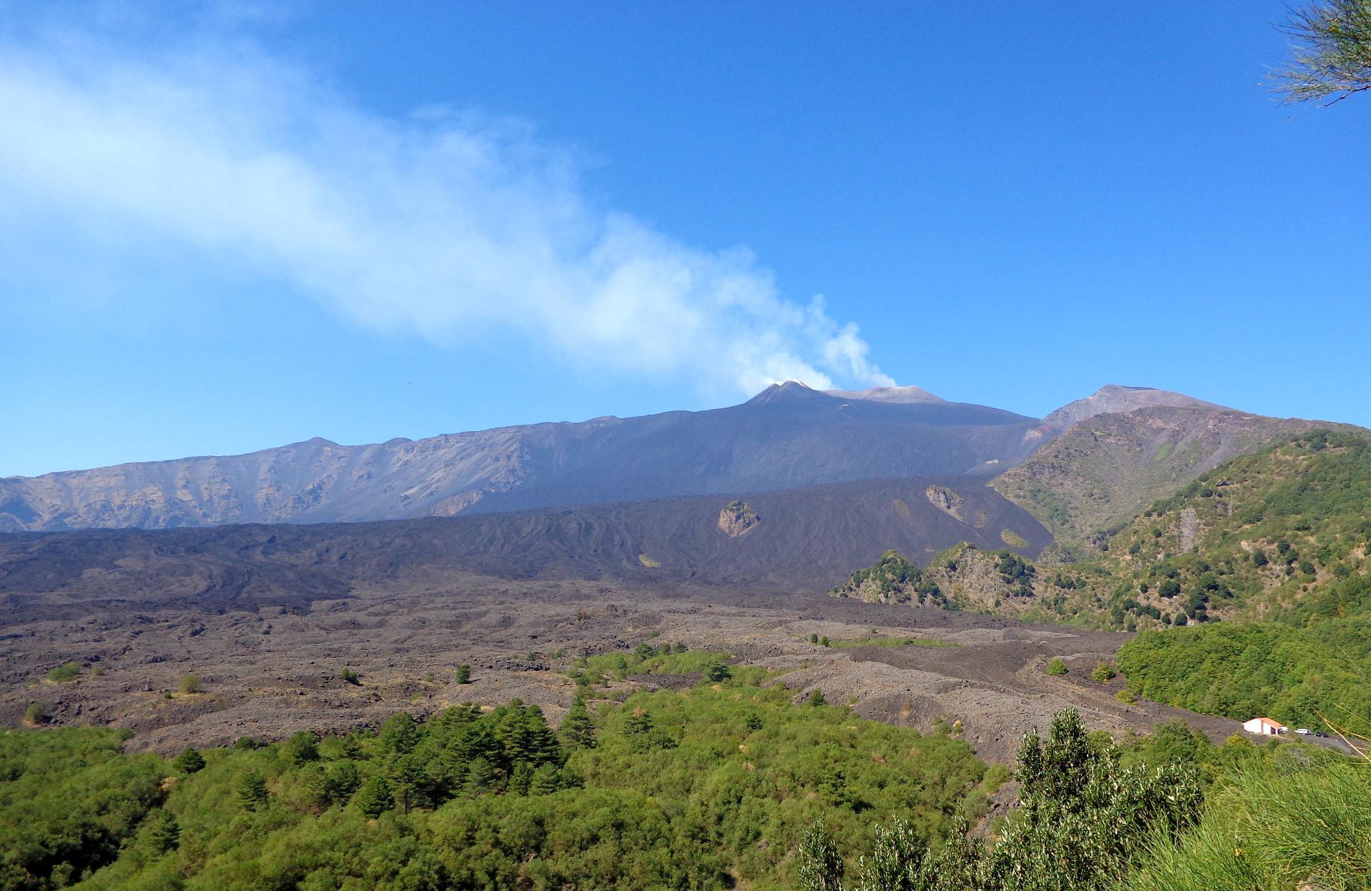 Етна, долината Вале дел Бове