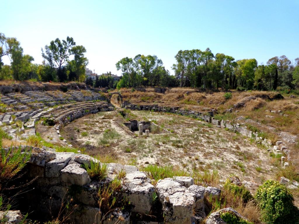 Сиракуза, археологически парк Неаполис, римският амфитеатър