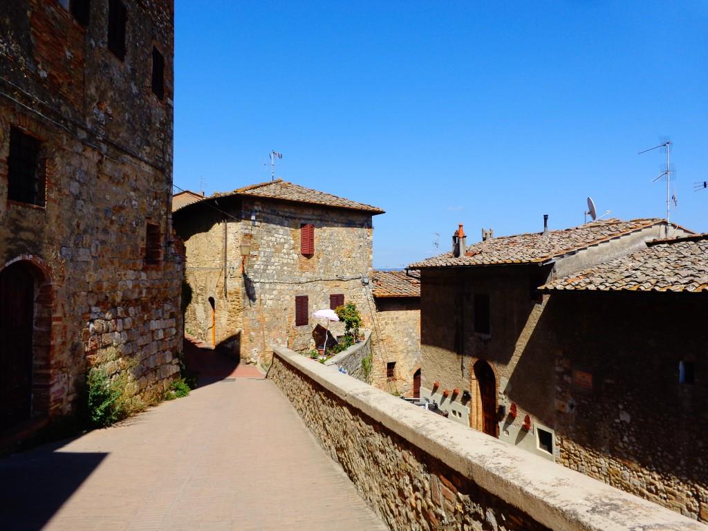 Архитектурата на Сан Джиминяно