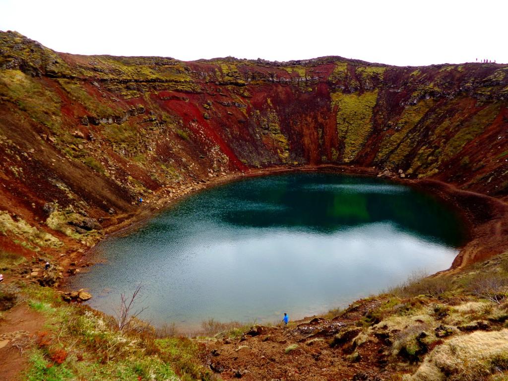 Кратерното езеро Керид