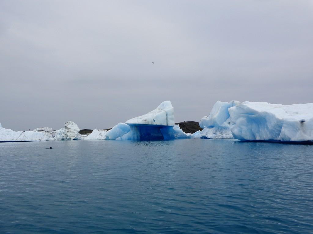 Ледниковата лагуна Йокулсарлон - 9