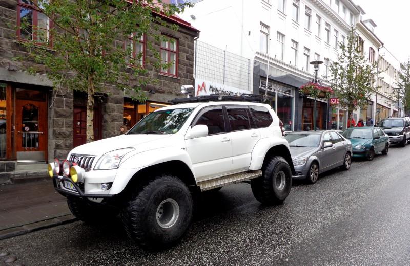 Високопроходимият автомобил е необходимост в Исландия