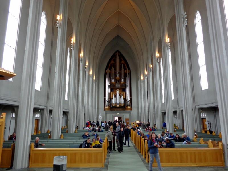 "Църквата ""Hallgrímskirkja"" - интериор"