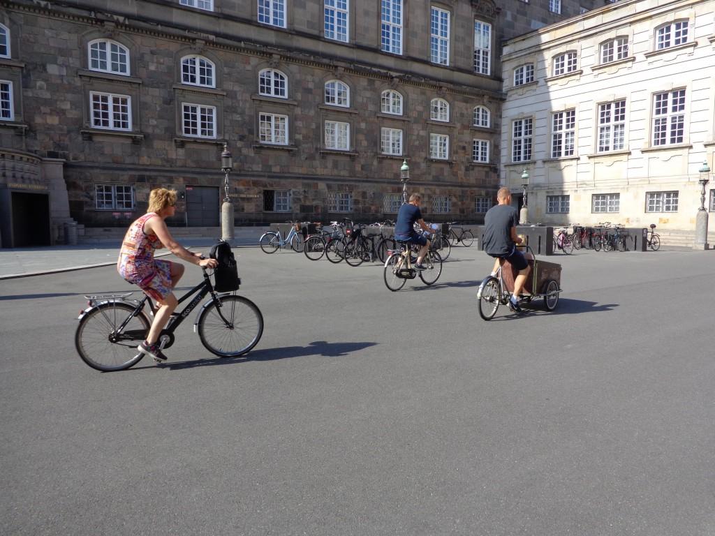 Паркингът на датския парламент