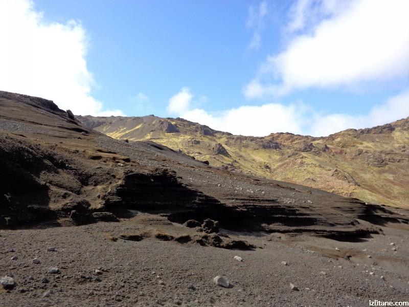 Исландски вулкан на полуостров Рейкянес
