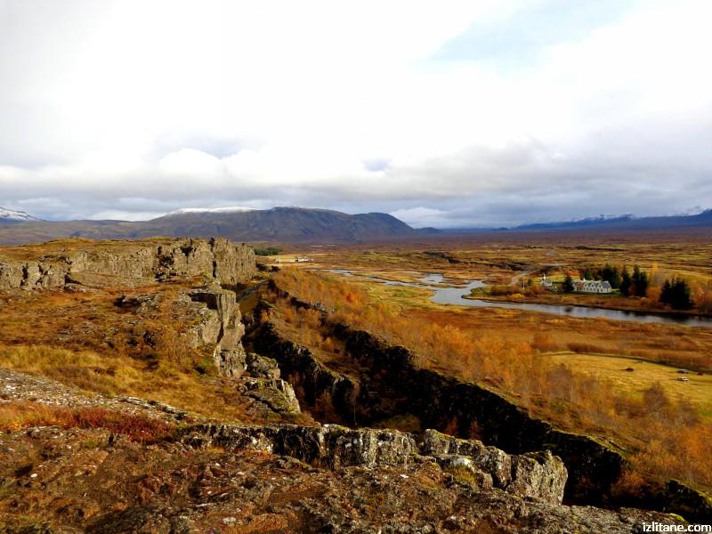 """Национален парк """"Тинветлир"""", разлом между Евразийската и Северноамериканската земна плоча"""