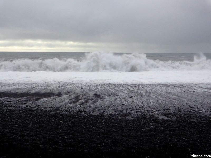 Черният плаж Рейнисфяра - 1