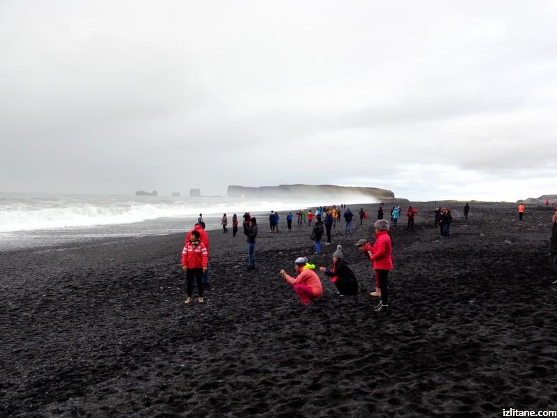 Черният плаж Рейнисфяра - 2
