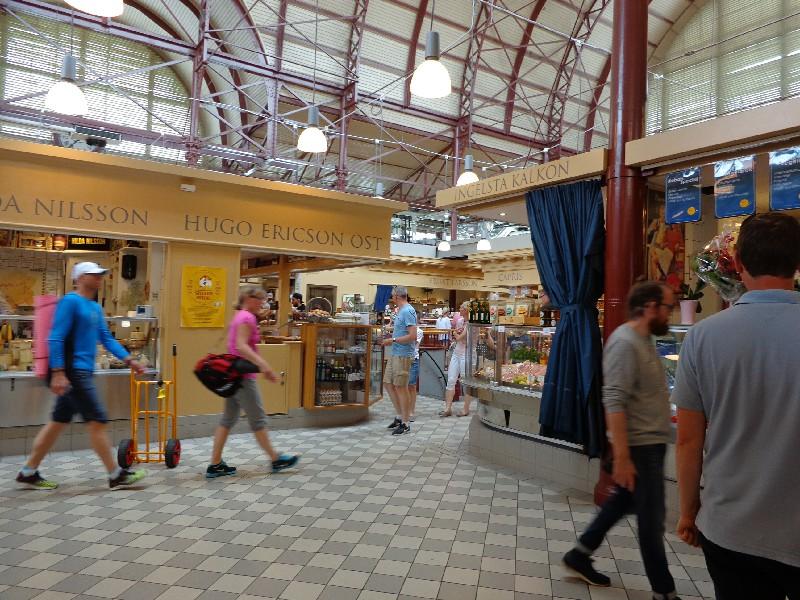 На щанда за хляб в Халите на Гьотеборг разплащането е само с кредитни карти